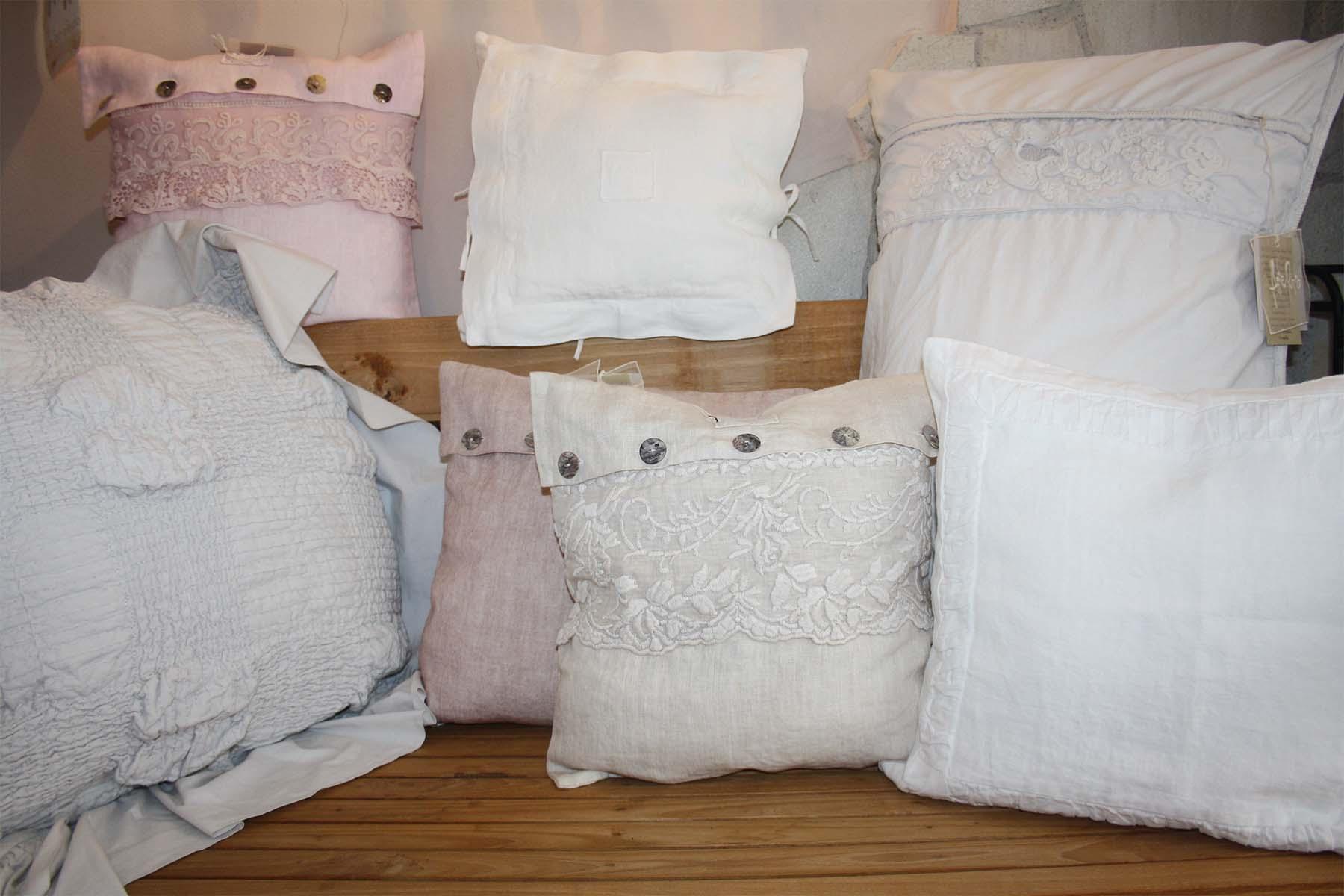 in casa produkte stoffe. Black Bedroom Furniture Sets. Home Design Ideas